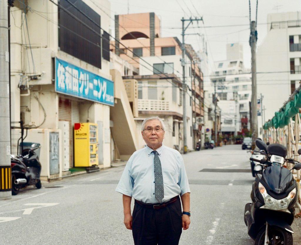 三宅俊司弁護士。1987年の沖縄国体で「日の丸」が焼き捨てられた事件の被告弁護人も務めた